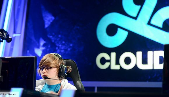 Sneaky from Cloud9's League of Legends team