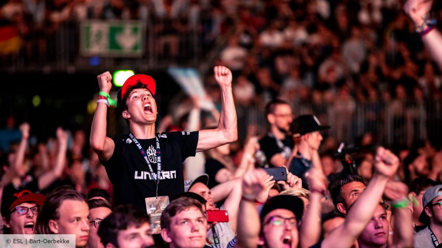A CSGO fan cheers at ESL One Cologne 2018