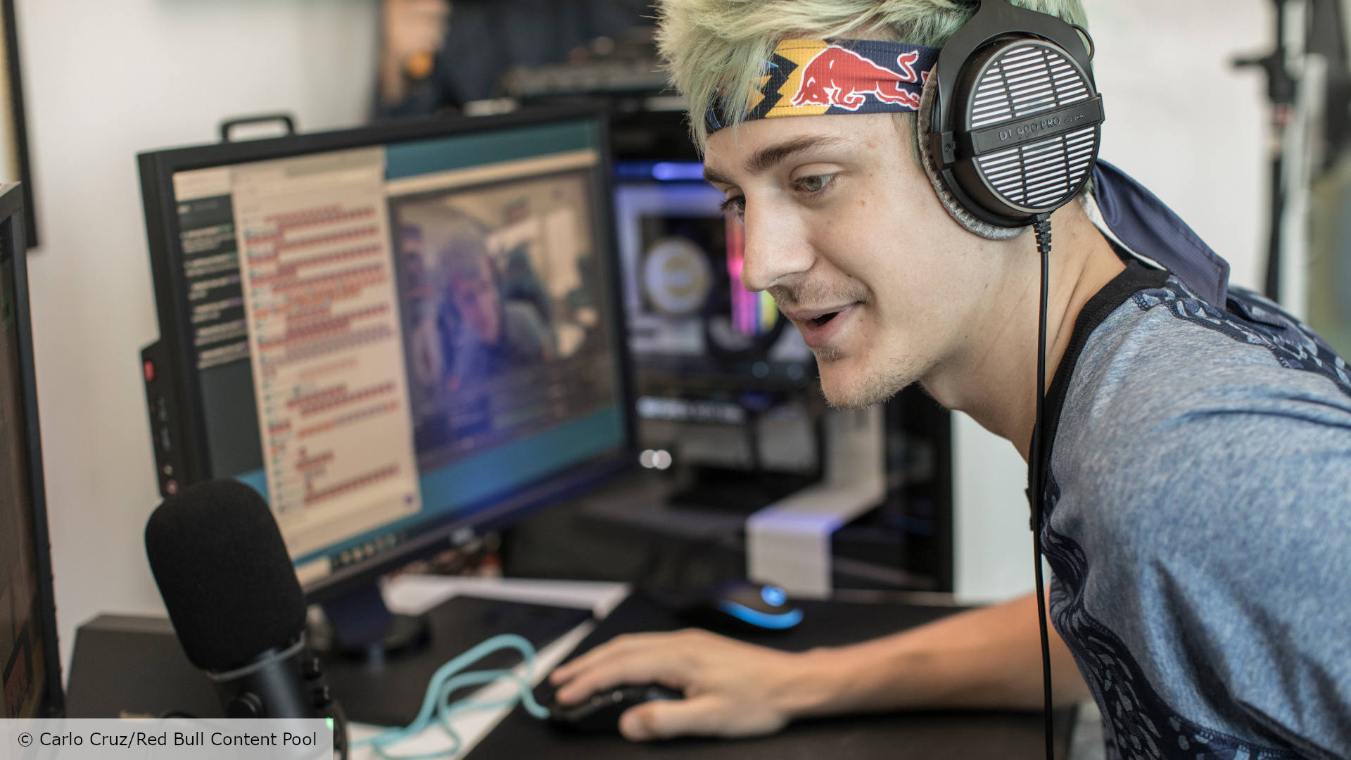"Ninja calls on Fortnite players to be ""honest"" with Epic about aim assist"