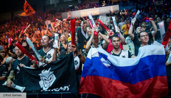 A crowd watching the 2020 League of Legends Worlds final