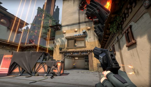 A Valorant screenshot showing competitive gameplay