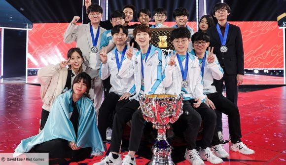 The DAMWON KIA (then DAMWON Gaming) team with the LoL Worlds Cup