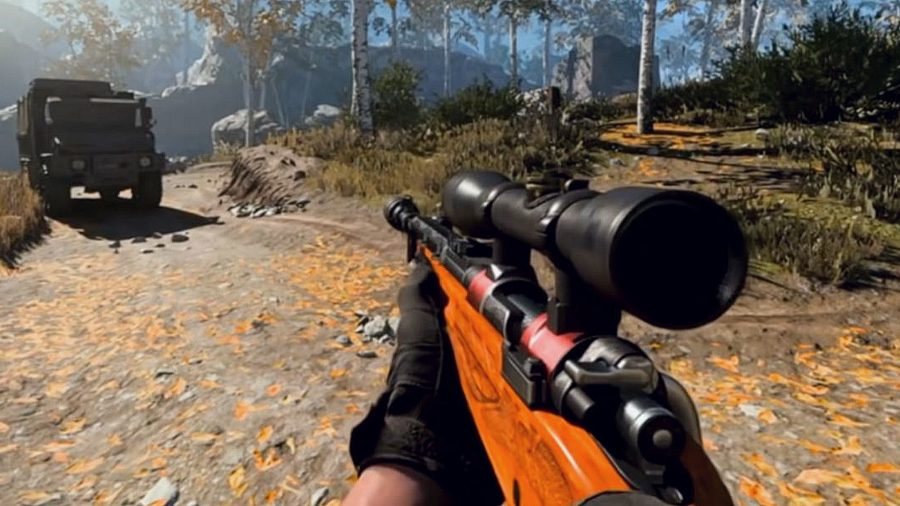 A brown and black Kar98k sniper rifle in-game in Warzone