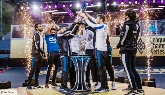 Cloud9's League of Legends team with the LCS trophy