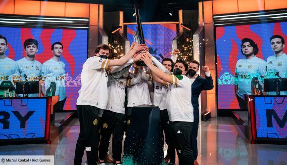 League of Legends team MAD Lions holding the 2021 LEC trophy