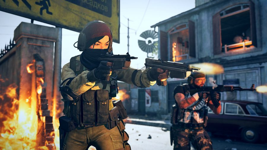 An operator wielding two AMP63 pistols in Black Ops Cold War