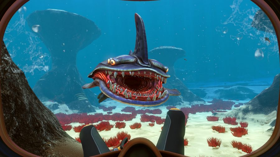 A sea monster approaches you in Subnautica