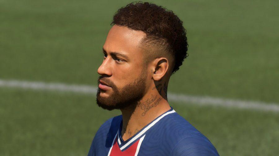 Neymar Jr em kit PSG olha
