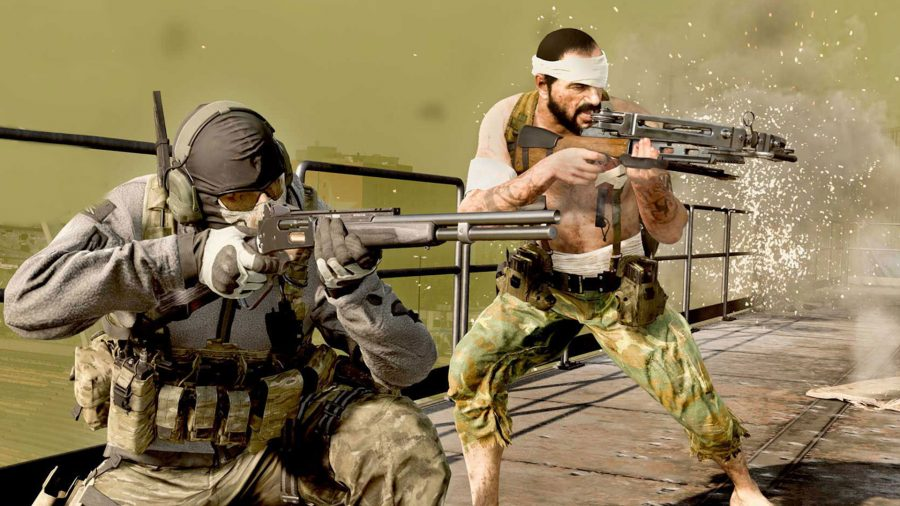 Two Warzone operators fight as the gas closes in behind them