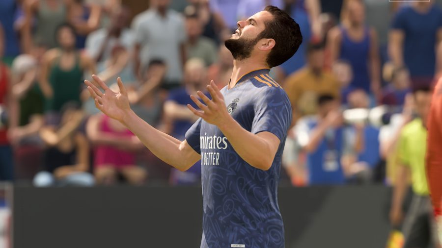 FIFA 22 meta: Isco looks up to the sky in disbelief after missing a shot on goal