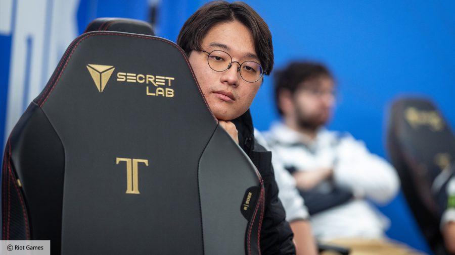 Secretlab Titan EVO 2022 review: Team Liquid's CoreJJ sat with a chair